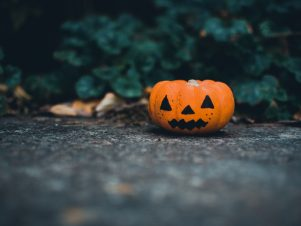 Halloween safety: 10 tips for everyone!