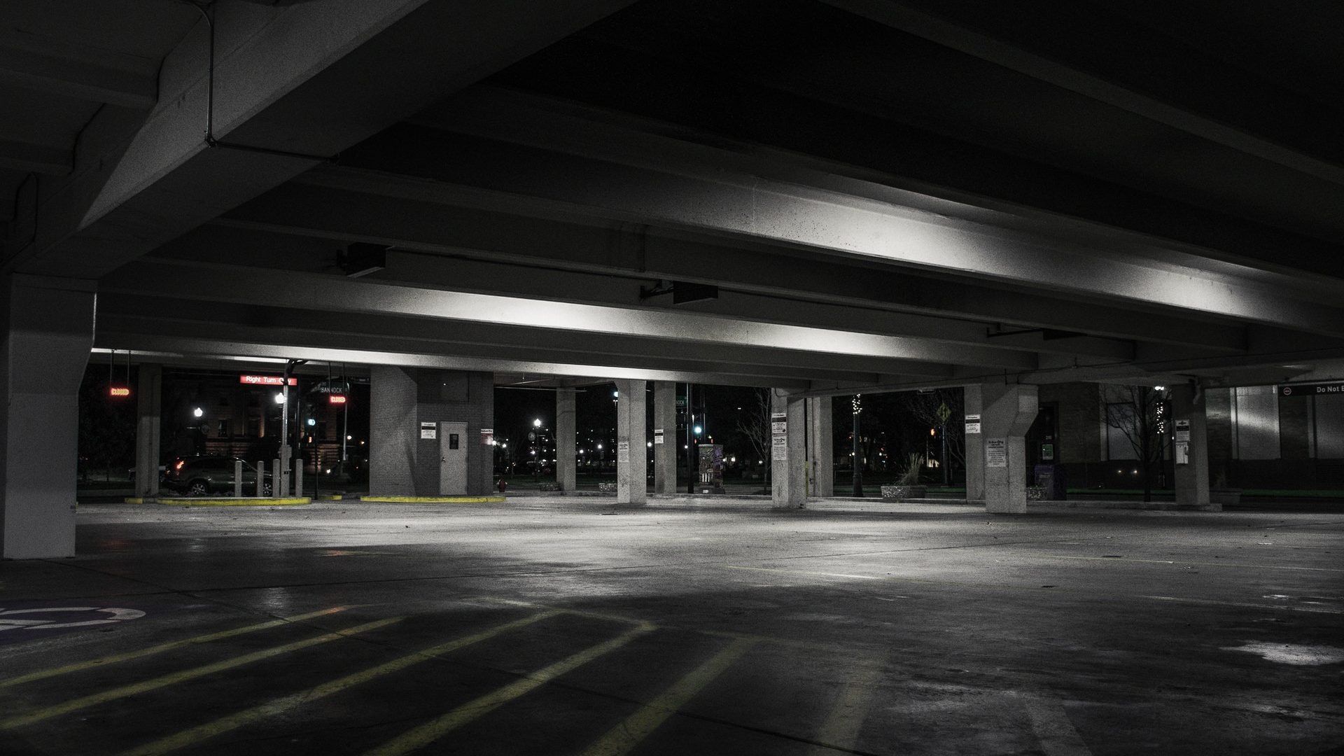 Car storage in Toronto: Where to find secure and affordable indoor vehicle storage