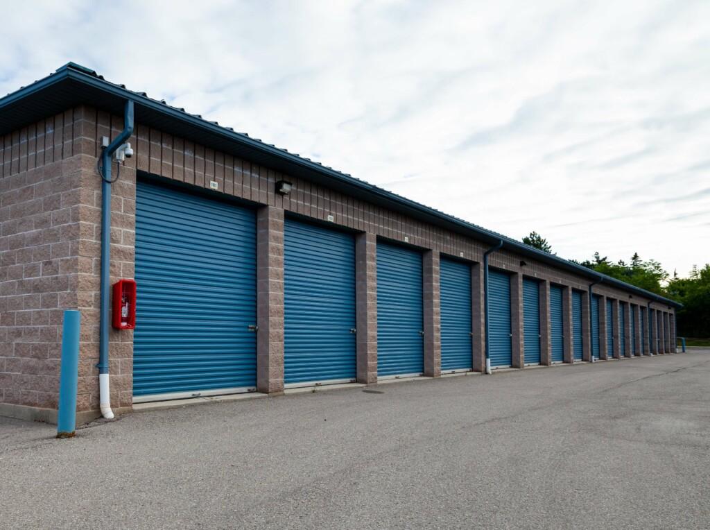 Self Stor's Richmond Hill area facility 4