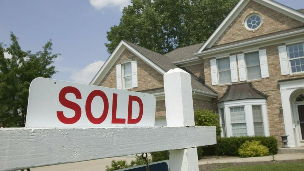 sell real estate in Toronto with Self Stor